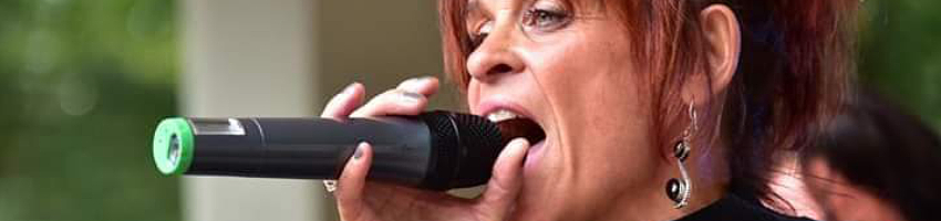 Lioba Moia, Sängerin
